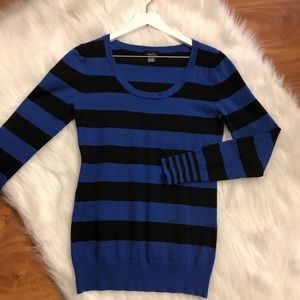 Rue 21 Striped Sweater Size Large